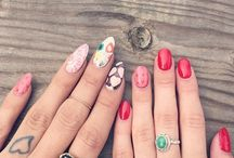 Make me nails!!!