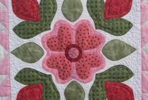 applique quilts / by Angie Smith