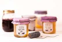 Klebeetiketten und Geschenkaufkleber / Hier gibt´s originelle Klebeetiketten für Selbstgemachtes sowie schöne Geschenkaufkleber für den richtigen Pepp.