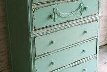 Painted Furniture / by Katherine McMordie