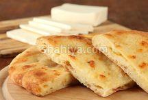 Breakfast - الفطور الصباحي  / لن تحتاري بعد اليوم ماذا ستقدمين لعائلتك على الفطور :) شهية تقدم لك أشهى وألذ الأنواع في هذا الرابط http://goo.gl/PBUrBC / by shahiya.com شهية