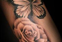 Oberschenkel Tattoo