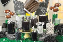 Football Party Ideas / Get ready for tailgating season with these football party ideas including football party favors and decorations plus party supplies, football party recipes and more!