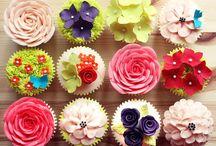 Yum: Pretty Cakes + Pretty Treats. / by Victoria Rambo