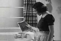 1930s Commercials / Classic videos featuring commercials of the 1930s.