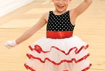 Dance - Costumes / by Tessa Buys