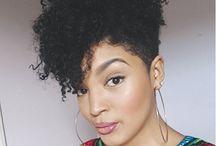 corte de cabelo afro.