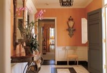 Bunny Williams Home / Since the mid-1960s, Bunny Williams has specialized in interior design for gracious living. Bunny Williams champions traditional style which she outfitted the houses of (what used to be called) society. She combines southern refinement with dog-friendly living in a signature style.