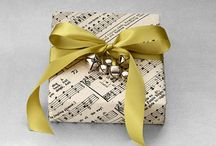 Gifts, wrappings, and bows