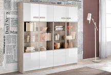 Un tocco di stile in soggiorno / Arricchisci di stile la tua casa con le madie e le vetrine Mondo Convenienza.