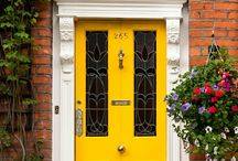 Statement front doors / 2018 trends