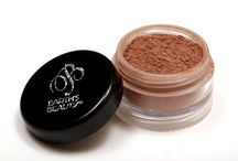 Top Selling Natural Makeup / All natural makeup products that are top sellers which includes foundation, eye shadow, concealer, lipstick, mascara, blush, eye liner, lip liner, and tinted moisturizer.