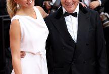 CANNES FILM FESTIVAL 2015 / Postăm în fiecare zi ultimele noutăţi din fashion şi filme, direct de pe covorul roşu de la Cannes. Materialele sunt realizate în exclusivitate de reprezentanţii noştri Bianca și Cristian Nema. Urmăreşte-ne în fiecare zi să vezi detalii din culise şi ţinutele marilor vedete.