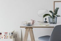 Workspace Inspiration / Decor ideas for a bright and airy work environment that will keep you feeling full of positive energy and inspiration.