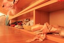 burlesque&co.  / #corsets #women #burlesque #ladies #dreams #wear #sexy #lingerie #peackok