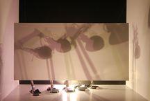Verlichting / Ga naar: navigatie, zoeken        Interieur van het Pantheon (Rome), door Giovanni Paolo Panini      Rod Laver Arena, Melbourne  Onder verlichtingstechniek wordt verstaan alle technieken, bedoeld om licht te beïnvloeden. Dit omvat, naast het verlichten van binnen- en buitenruimten en het besturen van kunst- en daglicht, de signalering door licht. Lichttechniek omvat tevens podiumverlichting en verlichting ten behoeve van filmproductie en fotografie.