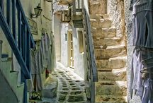 Quaint Alleyways / by Kat