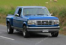 92 F150 Flareside / Imported this from the US to NZ a couple of years ago. Made the grill. Aftermarket lights front and rear. Bonnet bulge to be fitted.