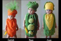 Jelmez ikreknek/Costumes for twins
