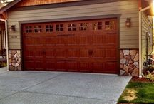 Kitsap Garage Door Installations / At Kitsap Garage Door, we want you to buy with confidence that the installation and workmanship is of the highest standards. As the only IDEA industry accredited garage door company on the Peninsula, all of our installers go through an extensive training period. We never sub out our work; we believe our customers deserve the best.
