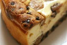 Dessert: Cheesecake/Bread Pudding / by Ellen Ross