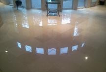 Lovely Limestone / What a beautiful floor!  Limestone shines like marble but unlike marble, it absorbs moisture.