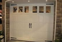 garage doors & openers service in toronto canada / Our team is a highly skilled and professional service for those looking to replace a broken garage door, or simply place a new one. We have many years of experience in the field and have an outstanding track record.