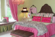 Maddie bedroom / by Mary Chavers