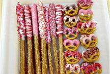 Valentines Day  Treats / by Mary Beth Elderton