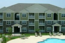 Florence Apartments for Rent / When you live in one of our communities, your needs are answered by a team of professional, caring team members who take pride in providing a great place to live. You'll also enjoy unmatched services, from modern conveniences like paying your rent online to a guaranteed quick response to any maintenance issues. And you'll find our communities are not only of the highest quality, but also in top locations.
