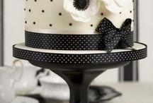 Cakes / by Michelle Hamilton