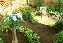 Garden / by Britni Dougherty