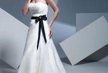 Wedding Ideas / by Chara Grinold