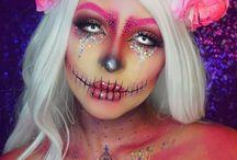 Halloween Makeup (Glitter Skull)