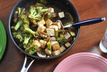 Healthy Lunch & Dinners to Try / A variety of healthy dinner recipes from my favorite online resources.