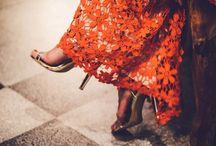 Be chic/ Las invitadas más chic / To be chic or not to be? that is the question  Get inspired!  Las invitadas chic tienen mucho arte a la hora de combinar Ficha  a las invitadas con más estilo