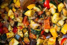 Side dishes-Veggies / by Abby Johnson