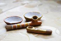 Глиняные трубки и соусницы / Глиняные изделия обоженные в дровяной печи