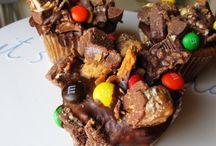 Food-Desserts / by Renee Jones