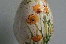 Easter Decoupage Decorations / These are DIY crafted decorations for Easter time. Hope you enjoy it :)