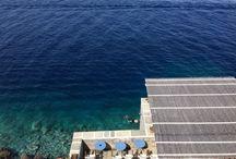Hydra #IleGrecque / Une île entièrement piétonne a seulement 1h30 d' Athènes. Village blanc et charme absolu de ces criques