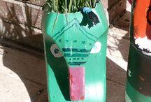 Planta-cara / Hundertwasser siempre trabajó en pro de la ecología,  desde los años 80 estuvo apoyando constantemente campañas contra la energía atómica, a favor del uso del transporte público, la plantación de árboles...es nuestra inspiración para aunar arte y naturaleza en el trabajo del alumnado de primero de ESO para celebrar El día del Reciclaje en el IES Julio Verne.