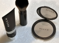 Becca Cosmetics Londen / Voor de cosmeticazaak Becca in Londen legde Flowing Art een gietvloer (glittervloer)