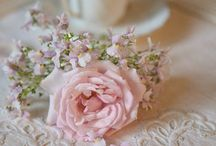 Shabby Chic Roses Cottage