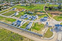 As Sweet As Honey - Honeydew Country Estate / Honeydew Country Estate is an exciting new development in Paarl.  2 to 3 bedroom simplexes and duplexes starting from R1,549,000.  1-bedroom and 2-bedroom apartments starting from R899,000.  Call Tyree at The Real Estate Avenue on +27 (0) 83 261 2722 or +27 (0) 21 872 4184 for more information.