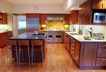 Kitchen Design Ideas / With over 40,000 kitchen remodels under our belt, from simple to elegant, here at Kitchen Solvers we strive to give you the kitchen you have always dreamed about.  Please take a moment to browse through these gorgeous kitchens to get the creativity flowing. Check us out today! @ kitchensolvers.com