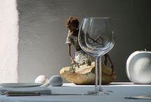 La salle de restaurant -- Les Jardins d'Aliénor - Oléron / Les Jardins d'Aliénor est un hôtel de charme et un restaurant gastronomique situé au Sud de l'île d'Oléron (au cœur du village du Château d'Oléron). / by Les Jardins d'Aliénor