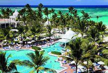 Descoperă una dintre cele mai romantice destinații pentru luna de miere #PuntaCana! ☀ / Intră pe link să vezi cât costă vacanța ta: http://sejururi.trip-tour.ro/search/49628