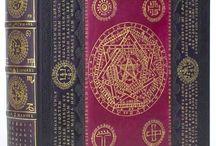 Occult / Esoterica / by αmαrís mαrtєl