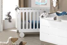 Chambres bébés avec mobilier et déco / Parce que je suis avant tout créatrice, je prends le parti de vous proposer des chambres complètes, associant mobilier et déco. Le tout de fabrication française !